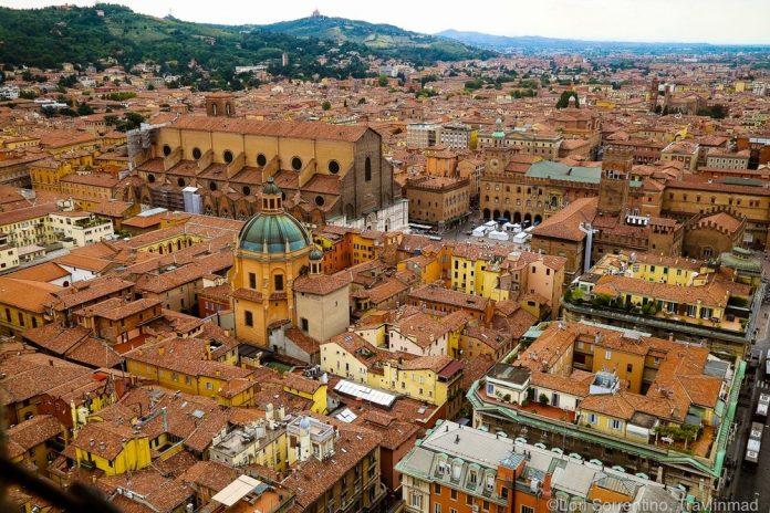 Bologna Veduta Centro Storico
