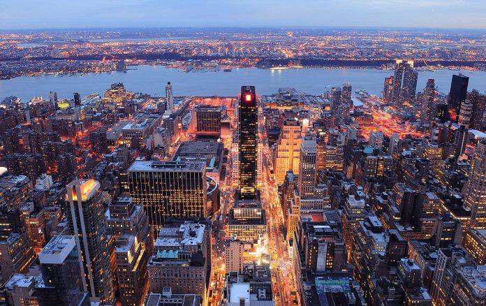 New York Veduta Notturna Panorama
