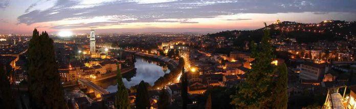 Verona Veduta Notturna