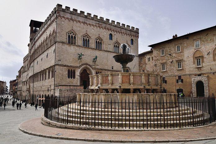 Perugia piazza della Fontana Maggiore