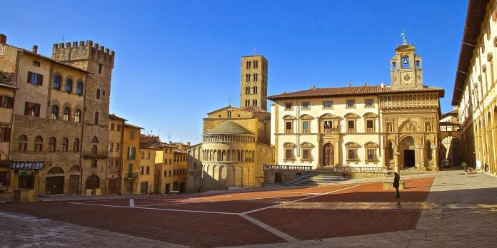 Arezzo Palazzo Fraternita dei Laici