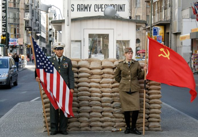 Berlino Check Point Charlie