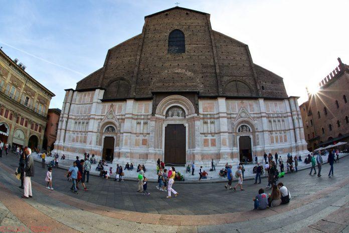 Bologna Basilica San Petronio