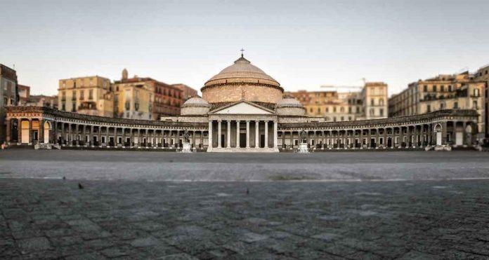 Napoli Basilica di San Francesco di Paola