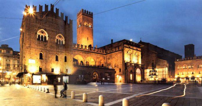 Bologna Palazzo Re Enzo