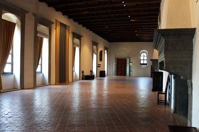 Gubbio Palazzo Ducale salone