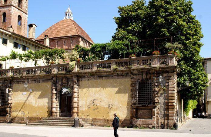 Lucca Palazzo Micheletti