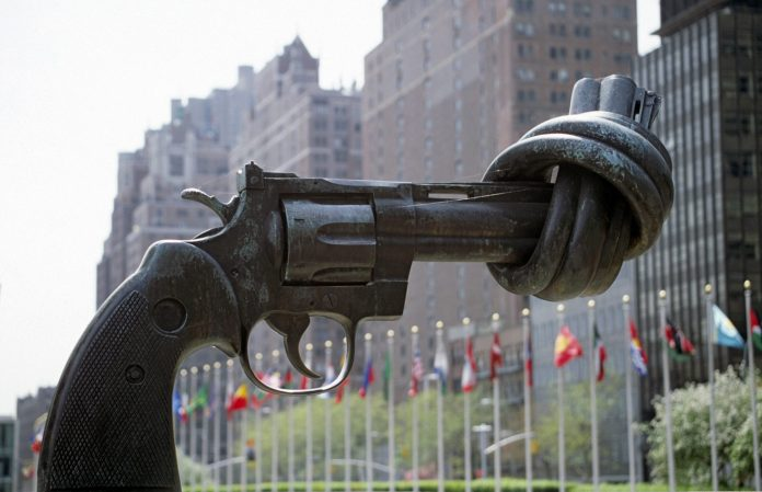 New York Knotted Gun