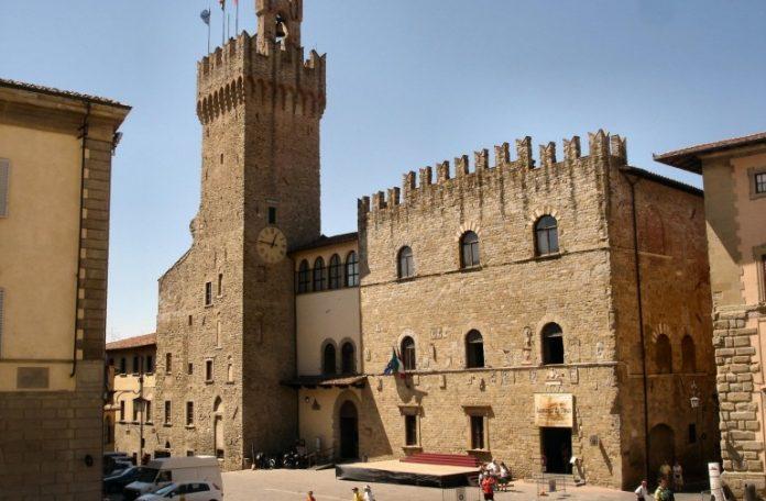 Arezzo Palazzo dei Priori