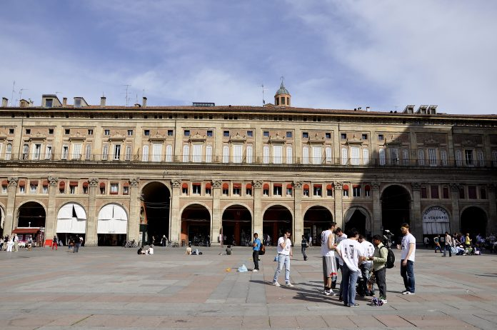 Bologna Palazzo dei Banchi