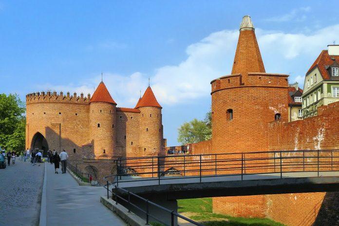 Varsavia Mura e Barbacane