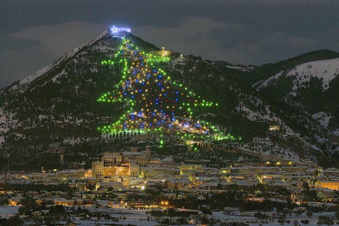 Gubbio Albero di Natale Monte Ingino