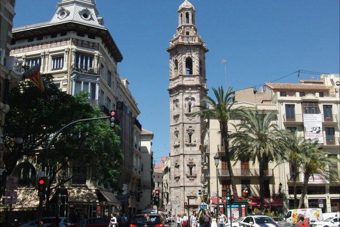 Valencia chiesa e torre di Santa Catalina