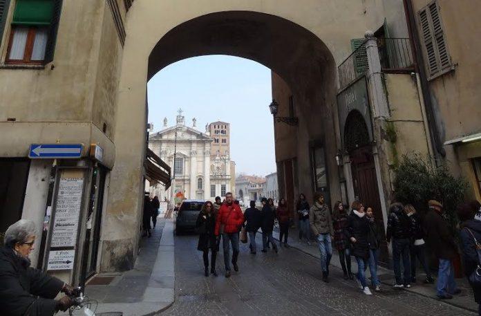 Mantova Voltone San Pietro