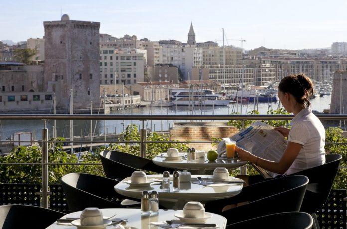 Marsiglia cafè Rue Beauvau