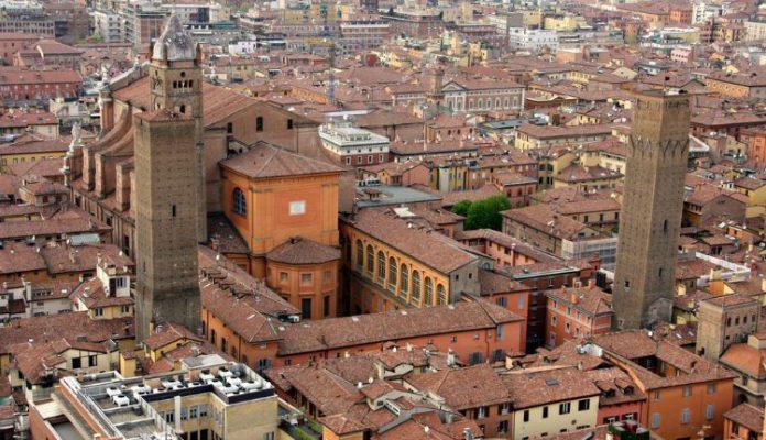 Bologna Torri Prendiparte e Azzoguidi