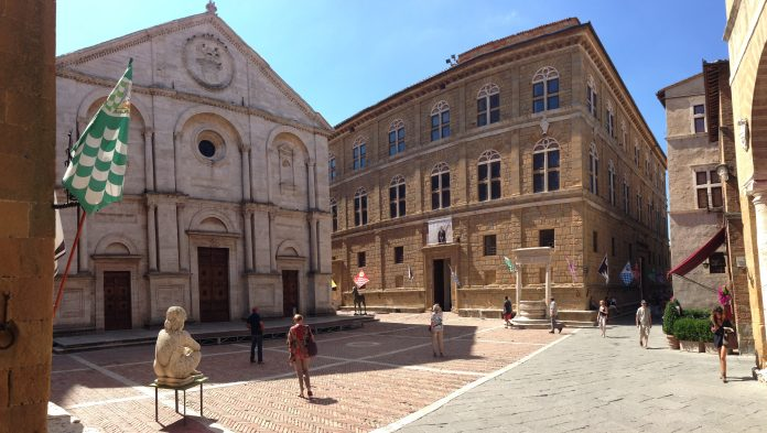 Pienza Piazza Pio I