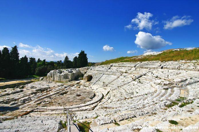 Siracusa Parco Archeologico Neapolis Teatro Greco