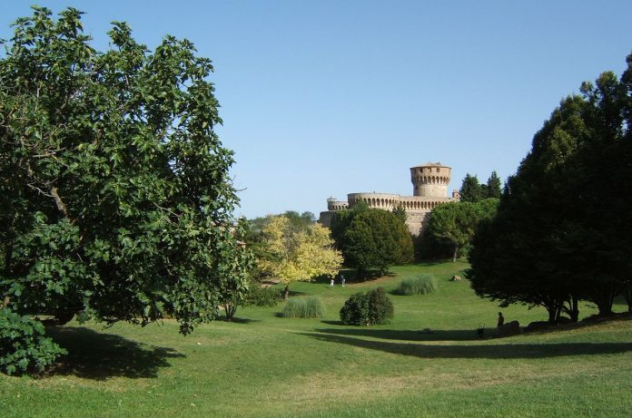 Volterra Giardini Enrico Fiumi