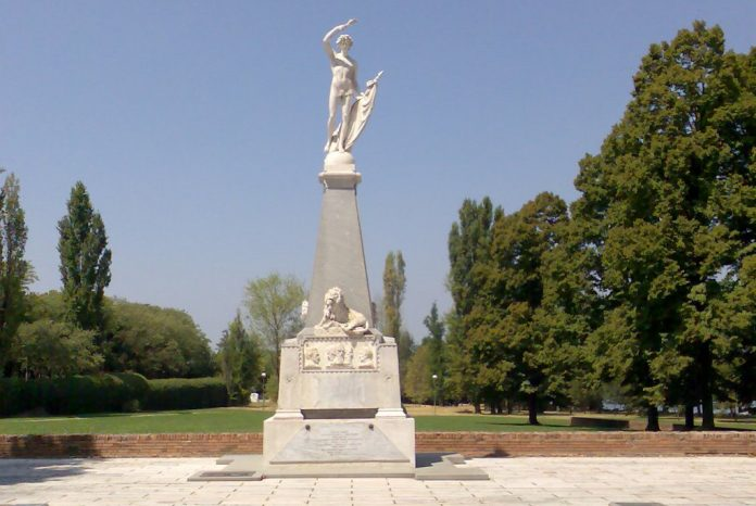Mantova Monumento Martiri Belfiore