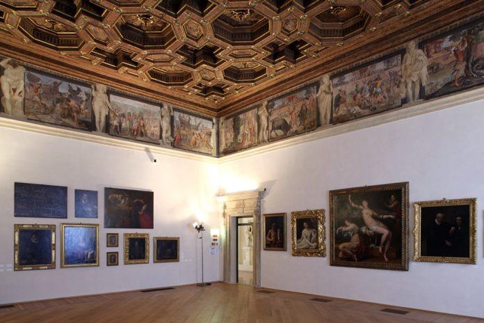Bologna Palazzo Fava