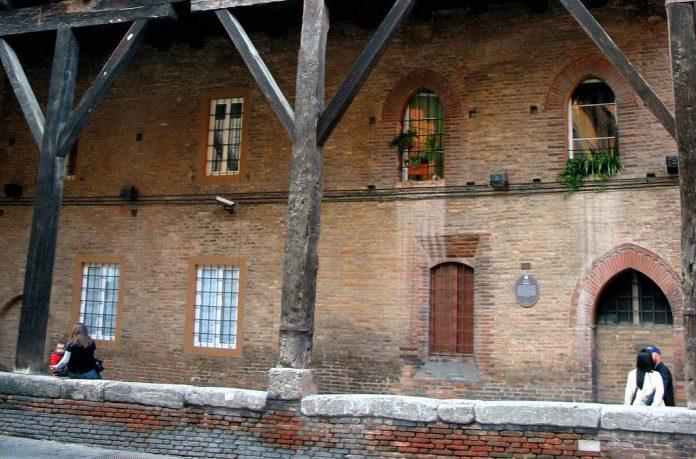 Bologna Palazzo Grassi
