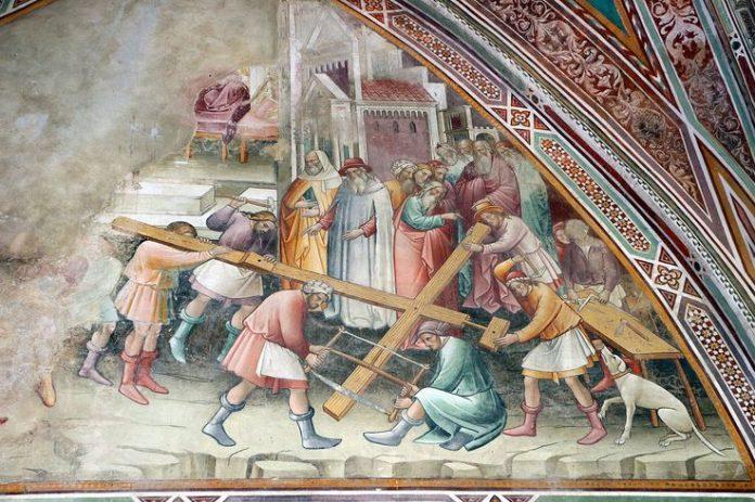 Volterra Cappella Croce di Giorno