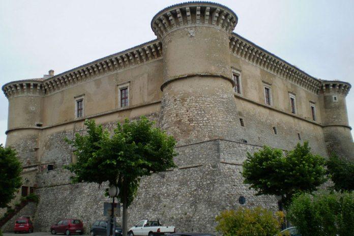 Alviano Castello
