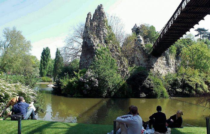 Parigi Parc des Buttes-Chaumont