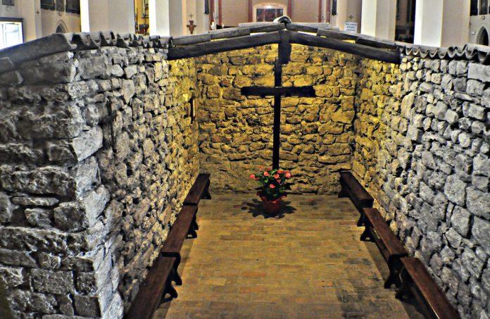 """Assisi tugurio"""" al santuario di Rivotorto"""