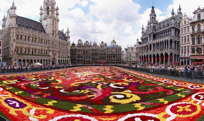 Bruxelles La Grande Place Infiorata