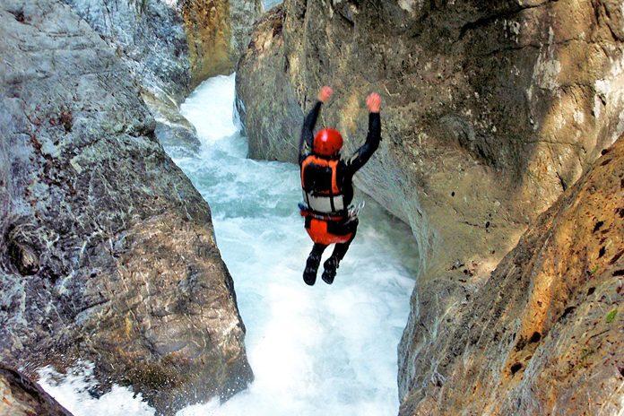 Svizzera Interlaken canyon