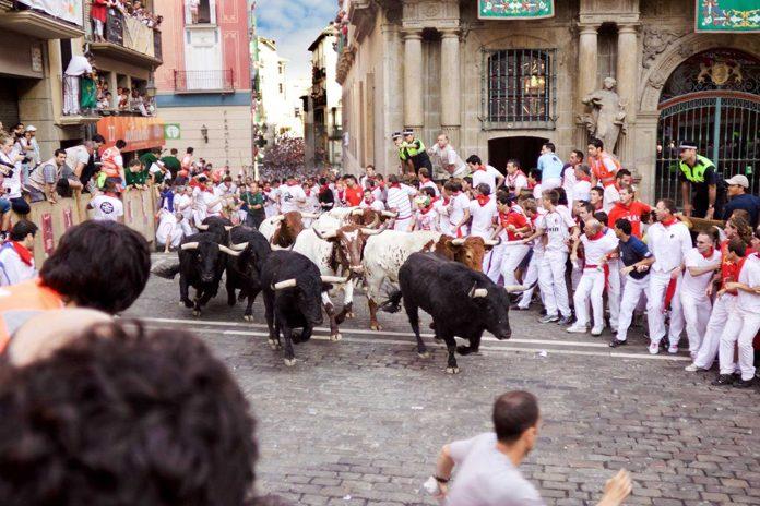 Pamplona corsa tori
