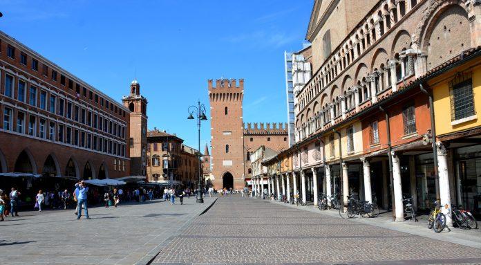 Ferrara Piazza Trento Trieste