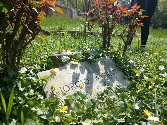 Ferrara Cimitero Ebraico