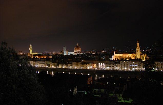 Firenze veduta notturna