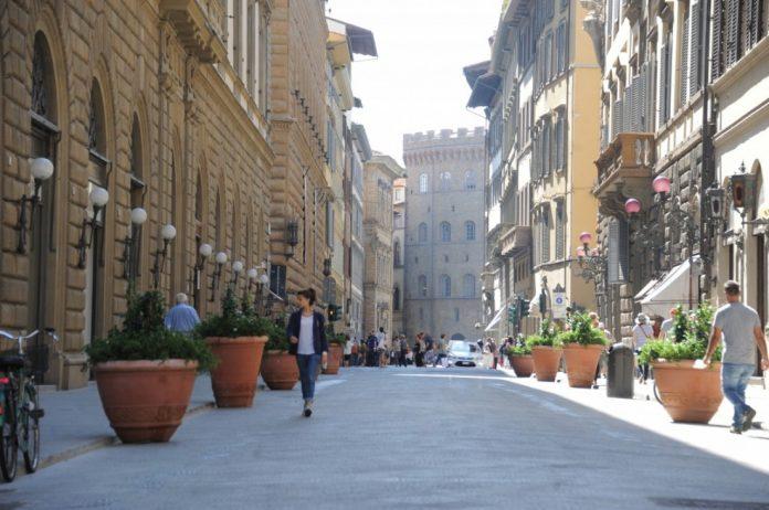 Firenze Via Tornabuoni