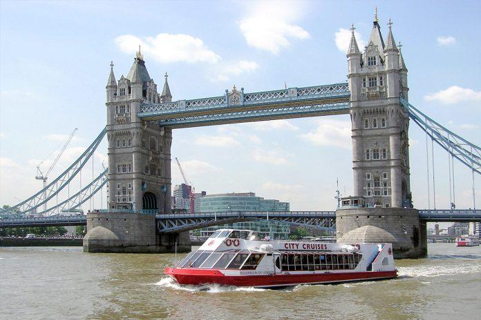 Londra Battello sul Tamigi