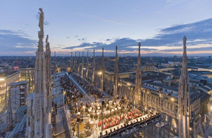 Milano concerto sul tetto Duomo