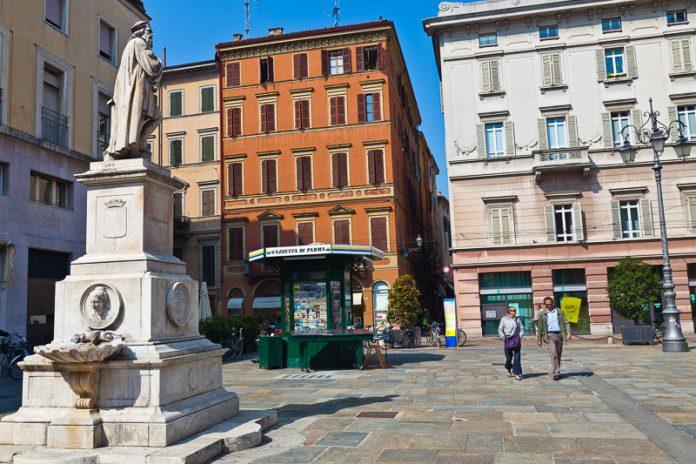 Parma Monumento Parmigianino