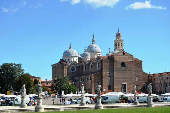 Padova Basilica Santa Giustina