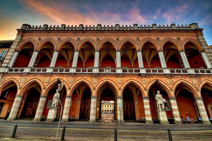 Padova Loggia Amulea