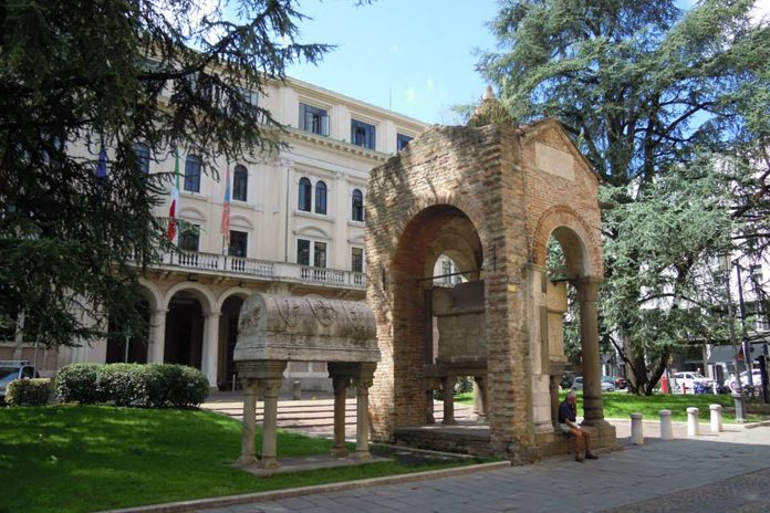 Padova Tomba di Antenore