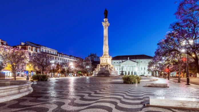 Cosa vedere a Lisbona Piazza Rossio