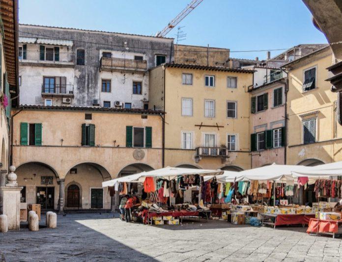cosa visitare a Pisa Piazza delle vettovaglie