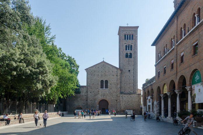 Ravenna Basilica San Francesco 01