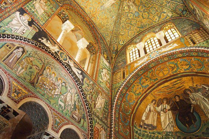 Ravenna Basilica San Vitale volta interna