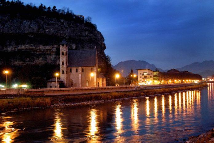 Trento Chiesa S. Apollinare
