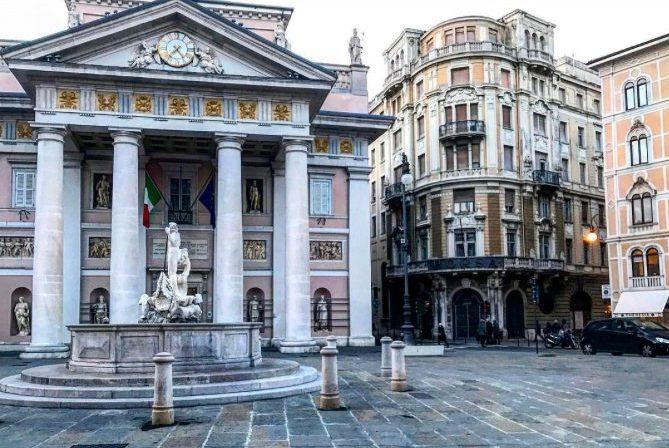 Trieste Piazza della Borsa