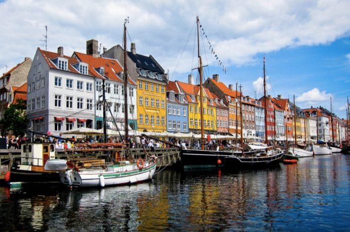 canale Nyhavn Copenaghen punti di interesse